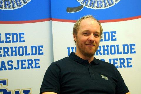 LETER: Sportssjef i Sparta Jonas Elofsson leter i både Sverige og Finland etter en ny back.           Foto: Ole-Morten Rosted
