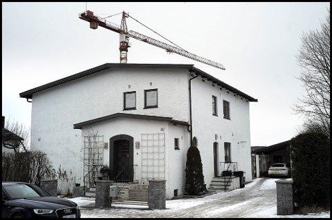 LEIES UT: SOBBL Eiendom AS har kjøpt Dronningens gate 69 for 8, 5 millioner kroner. I første omgang skal boligen leies ut.