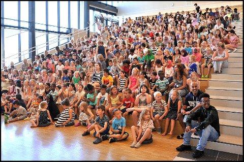 Leselyst: Elevene ved Sandsundsveien skole vant lesekonkurransen Sommerles i fjor.