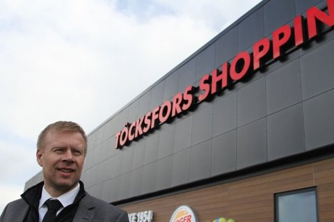 ØNSKER VIN: Lars Erik Erøy er senterleder i Töcksfors.