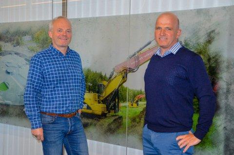 NY SJEF:  Lars-Erik Sundell (t.h.) fra Borgenhaugen er ny daglig leder i Park & Anlegg, mens Jack Valleraune konsentrerer seg om å være teknisk sjef og prosjektleder.