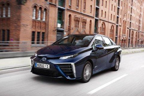 På full fart inn i framtiden: Toyota Mirai er en ingeniørmessig bragd.