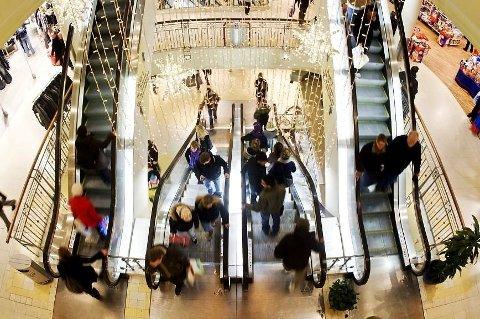 Stemningen blant norske forbrukere er på et rekordlavt nivå, viser forbrukertillitsindeksen (CCI) fra Opinion.