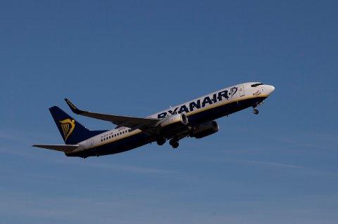 Det er uklarheter rundt innføringen av seteavgift fra norske flyplasser.