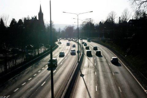 I årets fem første måneder har 41 personer mistet livet på veiene, en nedgang fra 57 i samme periode i fjor.
