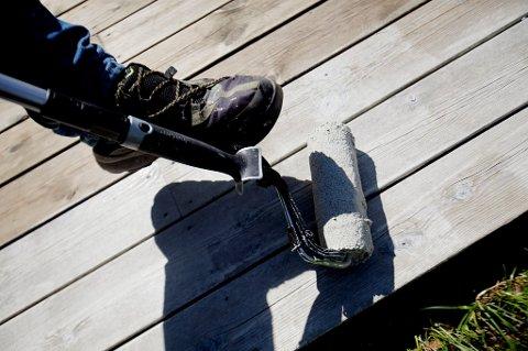 Mange norske menn tyr til oppussing for å bevare husfreden.