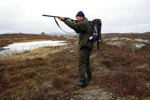 *** Local Caption *** I en ny forskrift fra Klima- og miljødepartementet åpnes det nå for jakt med blyhagl.