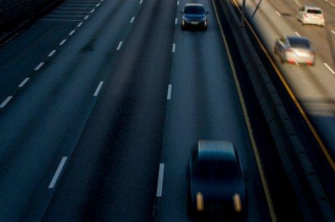 42 personer mistet livet i trafikken i juni, juli og august. Dette er en tredjedel færre enn i fjor.