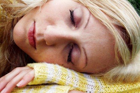 *** Local Caption *** Søvn gir kroppen vår tid til å hente seg inn og samle krefter, og er derfor viktig for helse og velvære.