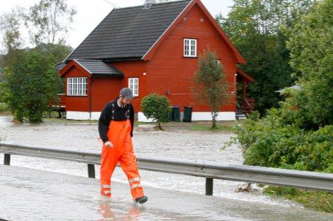 Det er så langt meldt inn over 1.000 skader til forsikringsselskapene etter flommen på Øst- og Sørlandet de siste dagene.