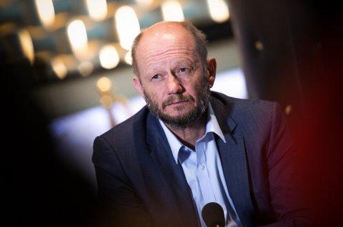 Sjefen i Norsk Industri, Stein Lier Hansen, krever lengre permitteringsperiode.