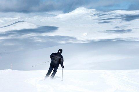 3 av 10 nordmenn glemmer reiseforsikring når de skal på alpinferie i Norge, viser forsikringstall.