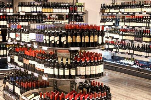 *** Local Caption *** Vin og brennevin blir 2,1 prosent dyrere.