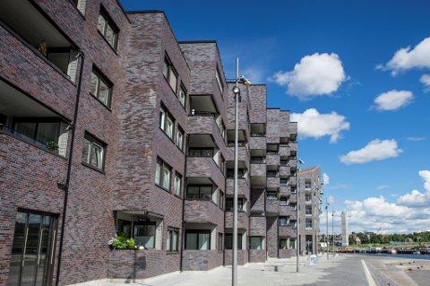 Stadig flere unge boligkjøpere sier de er bekymret for utviklingen i boligmarkedet.