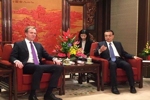 Norge og Kina er igjen på talkefot. Her representert med norges utenriksminister Børge Brende og Kinas statsminister Li Keqiang.