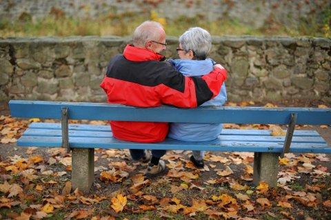 Halvparten av norske pensjonister har gjeld, viser en ny undersøkelse.