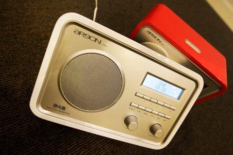 Fremskrittspartiet er både for og imot å erstatte FM-radio med nymotens DAB-signaler.