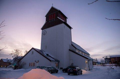 Nordmenn er delt i synet på kirkeasyl, viser en ny meningsmåling.