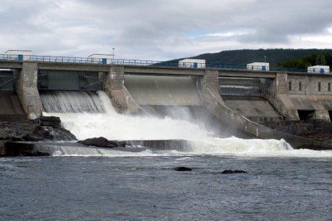 Kommuner og fylker som stiller naturressurser til rådighet belønnes i dag med kraftpenger.