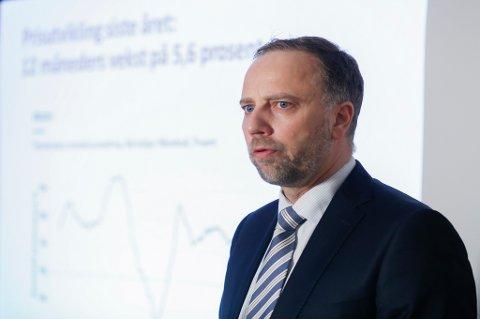 Christian V. Dreyer i Eiendom Norge la fram boligtallene for mars.