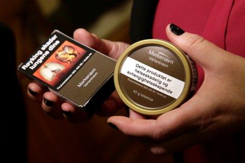 Flere støtter forslaget om nøytrale tobakkspakker.