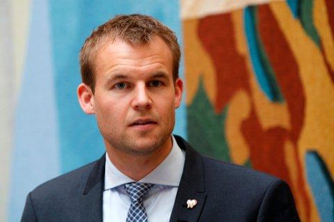 KrFs Kjell Ingolf Ropstad vil slå ring om det opprinnelige bistandsbudsjettet.