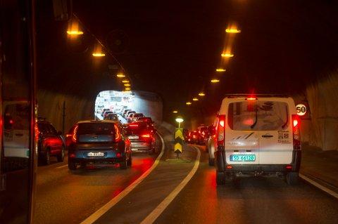 Havarikommisjonen kritiserer brannsikkerheten i norske tunneler.