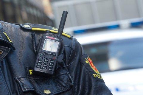Nå kan politiradioen på skulderen få følge av et videokamera.