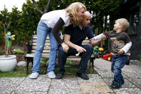 Foreldre må sørge for å gi barn økonomisk oppdragelse, mener eksperter.