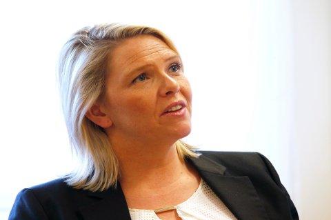 Kjersti Stenseng reagerer på uttalelser fra innvandringsminister Sylvi Listhaug.