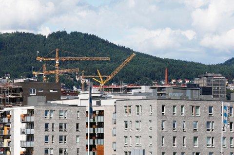 Salget av nye boliger i Norge økte med 15 prosent i 2016.