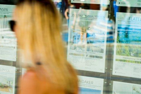 Boligprisene faller for femte måned på rad, viser septembertallene fra Eiendom Norge.
