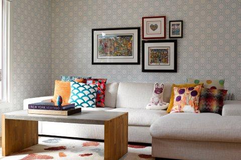 Bruk farger og tekstiler til å skape en helhet i interiøret på tvers av sonene.