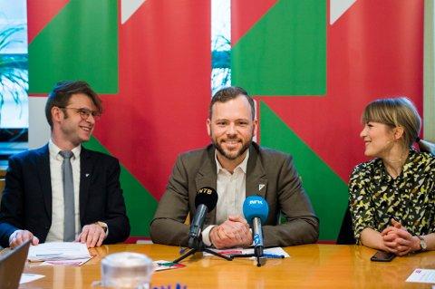 Snorre Valen (t.v.), Audun Lysbakken og Kari Elisabeth Kaski kan glede seg over gode SV-tall den siste tiden.