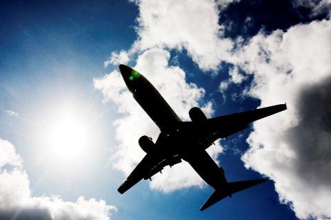 Vi booker flyreiser i samme grad som før, selv om vi er klar over miljøproblemene.