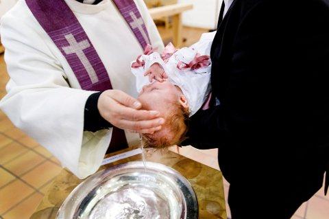 Færre valgte dåp og konfirmasjon i fjor.