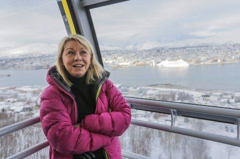 Næringsminister Monica Mæland (H) i Fjellheisen under lanseringen av stortingsmeldingen om reiseliv i Tromsø fredag.