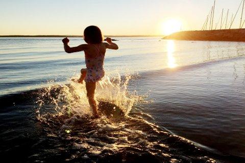 Nordmenn er verdens lykkeligste folk, ifølge en fersk rapport.