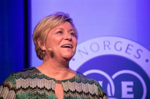 Strammere regler har vært nødvendig for å begrense antallet spekulasjonsdrevne boligkjøp, ifølge finansminister Siv Jensen (Frp). Hun talte onsdag på en boligkonferanse i regi av Norges Eiendomsmeglerforbund i Oslo.