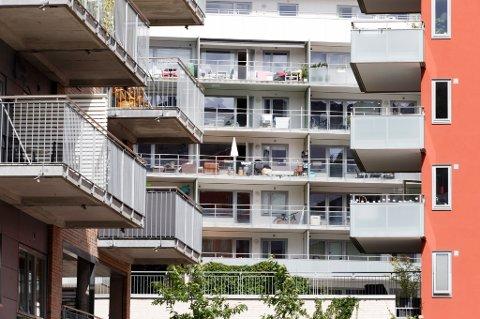 Etter at finansminister Siv Jensen (Frp) innførte strengere regler for boliglån fra årsskiftet, får flere lånesøkere nei fra bankene.