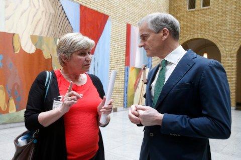 – Den viktigste utfordringen for LO er å få en ny regjering etter valget, fastslår LO-leder Gerd Kristiansen. Her sammen med Ap-leder Jonas Gahr Støre.