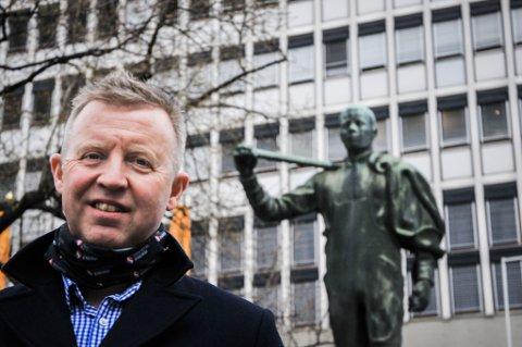 Nestleder i Industri Energi Frode Alfheim, er storfavoritt til å ta over som forbundsleder under landsmøtet i helga. Da vil han i så fall ta over etter mangeårig leder Leif Sande, som stiller til stortingsvalg.