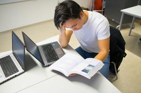 Kommer du opp i eksamen i matematikk på fredag, så fortvil ikke! Et nytt nasjonalt tilbud på nett gir gratis mentorhjelp til 10. klasseelever som skal ha eksamen i matte neste uke.