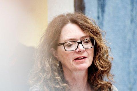 Fiskeripolitisk talsperson i Ap, Ingrid Heggø, ber fiskeriminister Per Sandberg om å bli voksen.