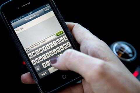 Når det virkelig gjelder, sender fortsatt sju av ti den gode, gamle tekstmeldingen for å være sikker på at budskapet når trygt fram.