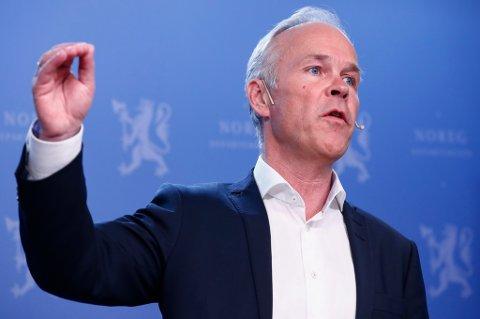 Kommunalminister Jan Tore Sanner (H) er sikret flertall for inndeling av landet i nye regioner. Det blir i alt elleve i tallet når det nå er enighet på borgerlig side om å dele Nord-Norge i to.