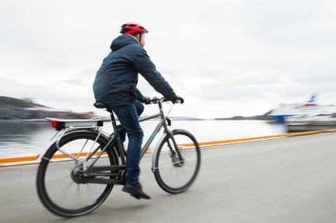Regjeringen lover milliarder til syklistene.