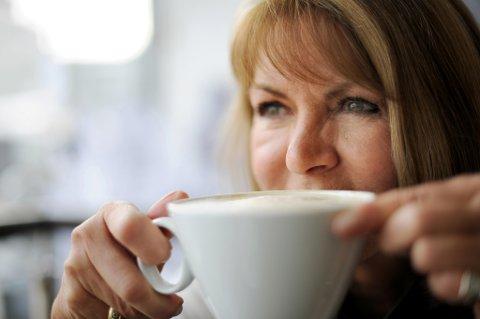 Nesten annenhver nordlending mener en kaffekopp er den viktigste morgenrutinen.