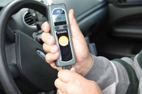Får KrF viljen sin til høsten, vil alle få en alkolås i bilene om noen år.