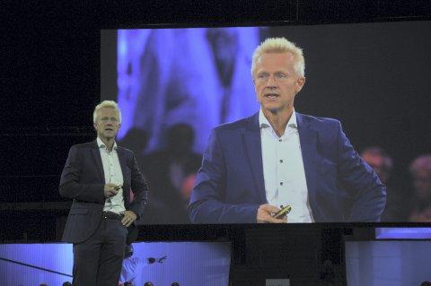 Den svenske samfunnsøkonomen og lederen av det svenske Reforminstituttet, Stefan Fölster, har regnet ut hvilke jobber som vil forsvinne i Norge de neste årene, og hvilke jobber som vil komme i stedet.